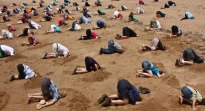 australia-head-in-sand-climate-change[1]